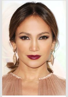 Love her makeup. Especislly the lipstick.