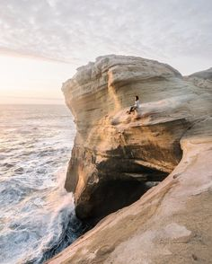 This is beautiful! Definitely want to go there next summer 2017. :) Cape Kiwanda, Oregon