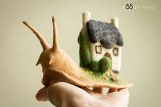"""Войлочная скульптурная игрушка """"Улитка"""" — работа дня на Ярмарке Мастеров"""