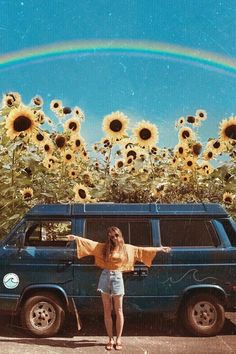 🚐 'I want to feel happiness grow from inside of me until I speak in flowers and see the world through the eyes of the sun.' 😍🌾🌻 Via 💗 Comment below if You like this💖 🌹 Love to tag? Boho Aesthetic, Aesthetic Images, Aesthetic Collage, Aesthetic Photo, Aesthetic Wallpapers, Hippie Style, Hippie Life, Hippie Art, Photo Wall Collage