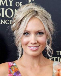 Updo Hairstyle Melissa Ordway Casual Curly Updo Braided Hairstyle - Light Blonde (Champagne) - View yourself with this Melissa Ordway Long Curly Casual Braided Updo Hairstyle - Light Champagne Blonde Hair Color Braided Hairstyles Updo, Braided Updo, Wedding Hairstyles, Cool Hairstyles, Casual Braided Hairstyles, Small Face Hairstyles, Bridesmaid Hair Updo Messy, Milkmaid Braid, Blonde Hairstyles