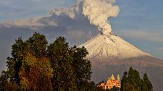 Erupción del volcán Popocatépetl, México