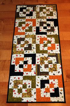 Bento Box Halloween Table Runner by B's Modern Quilting, MSQC Jenny calls this one chopped blocks Table Runner And Placemats, Table Runner Pattern, Quilted Table Runners, Halloween Table Runners, Fall Sewing, Quilted Table Toppers, Halloween Quilts, Fall Quilts, Sewing Table