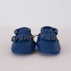 Super soft leather soled shoes with an easy elastic opening. Baby Footwear, Leather Moccasins, Soft Leather, Bucket Bag, Baby Shoes, Navy, Blue, Collection, Fashion