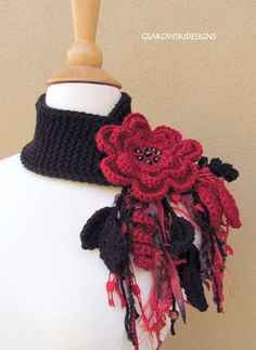 INSPIRATION~Red Flower Scarflette. $37.00, via Etsy.