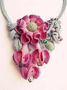 Watch The Video Splendid Crochet a Puff Flower Ideas. Phenomenal Crochet a Puff Flower Ideas. Freeform Crochet, Knit Or Crochet, Irish Crochet, Crochet Motif, Crochet Crafts, Crochet Projects, Bead Crochet, Crochet Puff Flower, Crochet Flower Patterns