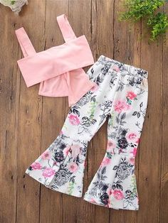 The Floral Bell Bottoms Set Baby Clothes The Floral Bell Bottoms Set for baby and toddler girls Baby Outfits, Toddler Outfits, Kids Outfits, Toddler Girls, Kids Girls, Stylish Outfits, Baby Girl Fashion, Kids Fashion, Toddler Fashion