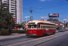 Toronto 4512 Mt Pleasant Streetcar in Davisville 1976 Original Kodachrome Slide