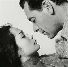 THE WORLD OF SUZIE WONG (1959) - William Holden & Nancy Kwan