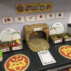 Create a Pizza Parlour in the classroom with our fun and colourful role pack pack. Containing posters recipe cards menus and more this set is great for encouraging group play. Who doesnt love Pizza? Dramatic Play Area, Dramatic Play Centers, Preschool Dramatic Play, Pizza Role Play, Kids Role Play, Pretend Play, Pretend Food, Preschool Classroom, In Kindergarten