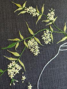 [분당 야생화자수]조팝꽃 야생화자수 - 달항아리 야생화자수 : 네이버 블로그 Embroidery On Clothes, Hand Work Embroidery, Japanese Embroidery, Hand Embroidery Stitches, Diy Embroidery, Cross Stitch Embroidery, Machine Embroidery, Embroidery Neck Designs, Embroidery Flowers Pattern