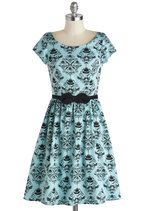 Turn of the Sensory Dress in Teal. Turn off your computer, tune in your senses, and take this statement-making dress to the vintage cocktail lounge tonight! Vintage Outfits, Retro Vintage Dresses, Vintage Mode, Vintage Fashion, Timeless Fashion, Marine Uniform, Plus Size Dresses, Pretty Dresses, Dress To Impress