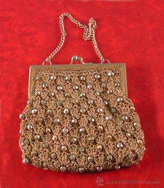 Bolso Vintage de fiesta dorado.Crochet y abalorios 1970/75  (Vintage - Moda - Complementos)