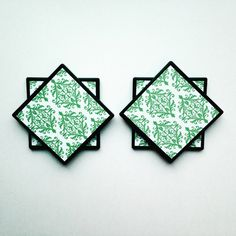 Beautiful Coaster Set! So Sharp in green, white and black!  These would make an awesome little housewarming or wedding gift! by ThePrettyDecorStore on Etsy