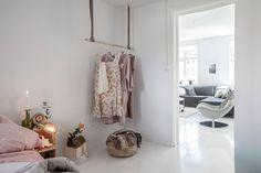 stadshem, http://trendesso.blogspot.sk/2015/08/chic-swedish-light-apartment.html