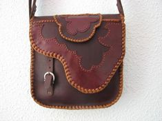 leather bag, love the edging