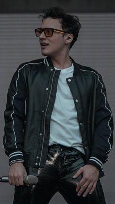 Bomber Jacket, Stars, Backgrounds, Jackets, Fashion, Down Jackets, Moda, La Mode, Bomber Jackets