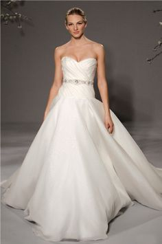 Exclusive 2011 Spring Wedding Dress Collection from Romona Keveza