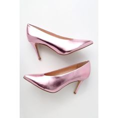Rian Light Pink Metallic Pointed Toe Pumps (2.235 UYU) ❤ liked on Polyvore featuring shoes, pumps, pink, pink pumps, light pink shoes, pink stilettos, pointed-toe pumps and pink pointed toe pumps