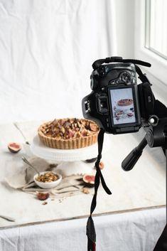 Ideas Food Photography Studio Photographers For 2020 Food Photography Props, Cake Photography, Photography Editing, Photography Backgrounds, Photography Awards, Photography Composition, Wildlife Photography, Kirlian Photography, Photography Cheat Sheets