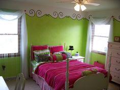 Painted Stencil Border - Girls room - Cute!
