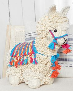 No Drama Lama Häkelanleitung Crochet For Kids, Diy Crochet, Crochet Dolls, Amigurumi Doll, Amigurumi Patterns, Crochet Patterns, Kids Patterns, Red Heart Yarn, Crochet Animals