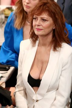 'She looks rack-diculous!' Susan Sarandon, 69, shamed online after baring her cleavage in a lacy bra and blazer while presenting the in memoriam tribute at the SAG Awards | Daily Mail Online