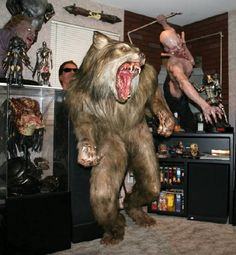 Stunning! Cool Monsters, Famous Monsters, Creature Feature, Creature Design, Scary Movies, Horror Movies, Werewolf Vs Vampire, Vampires And Werewolves, Real Ghosts
