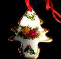 Royal Albert China Series - Christmas Ornaments Birthday Cake Cheesecake, Ceramic Design, Antique China, Royal Albert, Birthday Candles, Pots, Tea Cups, Magic, Christmas Ornaments