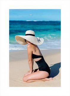 Nicole Warne in Ephemera swimsuit, Eugenia Kim hat - In Oahu, Hawaii. Beach Photography Poses, Beach Poses, Summer Photography, Gary Pepper Girl, Nicole Warne, Summer Photos, Beach Look, Foto Pose, Girl With Hat