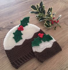 Christmas Pudding Hat - Crochet Pattern from DoraDoes.co.uk #christmascrochet #free #pattern #crochet