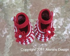 Knit Red Baby Booties by AlenaByers | Knitting Ideas