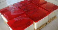 Does it look like cheese cake to you? But it's not cheese cake. It is marshmallow cake. I first had a taste of this cake from my hubby's fri. Jello Pudding Desserts, Jello Cake, Jello Recipes, Cake Recipes, Dessert Recipes, Bulgarian Desserts, Ramadan Desserts, Mousse Au Chocolat Torte, Eclair Recipe