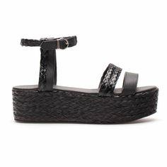 #PLATAFORMA @Zara Home 39.99€  #moda #calzado #verano #tendencia #zapatos