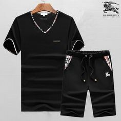 Wholesale Luxury Mens Designer Tracksuits for Sporty Outfits Nike, Sport Outfits, Burberry Men, Gucci Men, Womens Sports Fashion, Mens Fashion, Mens Designer Tracksuits, Sports Day Outfit, Fashion Now