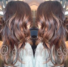 3 dimensional bayalage in chocolaty and golden tones
