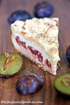 Plum and cinnamon cheesecake with crumble crust - Life Is Full .- Zwetschgen-Zimtkäsekuchen mit Streuselkruste – Life Is Full Of Goodies Plum and cinnamon cheesecake with crumble crust - Cinnamon Cheesecake, Cheesecake Recipes, Food Cakes, Sweets Cake, Cupcake Cakes, Cup Cakes, No Bake Desserts, Dessert Recipes, Delicious Desserts