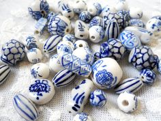 50 delft blue style beads ceramic beads blue beads  by minouc, €13.50