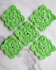 Ravelry: gabyv's Square Shell coasters - Green - Link to free pattern