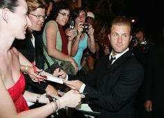 Scott Caan Photos Photos - Actor Scott Caan departs the premiere for the film 'Ocean's Thirteen' at the Palais des Festivals during the 60th International Cannes Film Festival on May 24, 2007 in Cannes, France. - Cannes -Ocean's Thirteen -Premiere