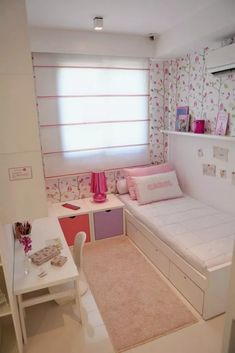 Small Teen Bedroom Decor Ideas You Will Love Room Design Bedroom, Girl Bedroom Designs, Small Room Bedroom, Room Ideas Bedroom, Home Room Design, Small Room Decor, Bedroom Retreat, Bedroom Furniture, Small Girls Bedrooms