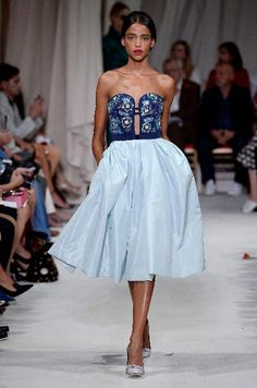 A model walks the runway at the Oscar de la Renta Spring Summer 2016 fashion show during New York Fashion Week on September 15, 2015 in New York, United States.
