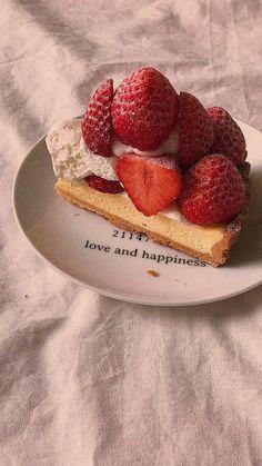 Peach Aesthetic, Aesthetic Food, Cute Food, Good Food, Yummy Food, Food N, Food And Drink, Fred Instagram, Cravings