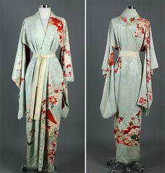 Vintage 40s 50s Japanese Spring Boudoir Kimono Robe Dress