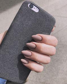 49 Trendy Almond Matte Nail Designs You'll Love - Nails - Beauty Pink Gel Nails, Oval Nails, Matte Nails, My Nails, Acrylic Nails Almond Matte, Matte Pink, Red Nail, Nails 2017, Black Nails