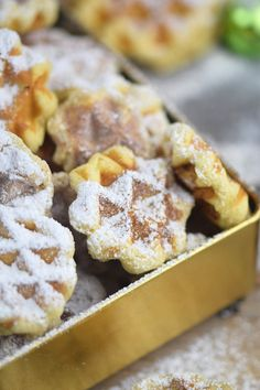 Spekulatius - Waffelplätzchen - Speculoos Waffle Christmas C Easy Christmas Cookie Recipes, Easy Cookie Recipes, Holiday Cookies, Pumpkin Recipes, Dessert Recipes, Healthy Recipes, Winter Desserts, Holiday Desserts, Holiday Baking