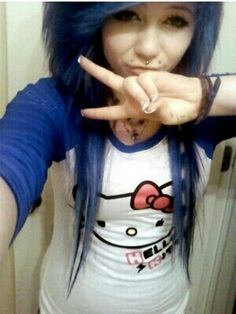#blue #dyed #hair #pretty