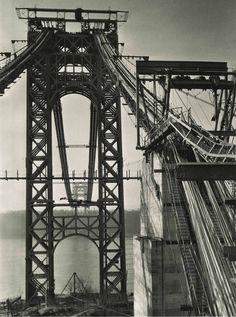 World Best Photographer, Fort Lee, Berenice Abbott, Washington Heights, East Village, George Washington Bridge, Ansel Adams, Gotham City, Best Photographers