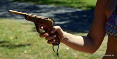 Gummiband Pistole :D