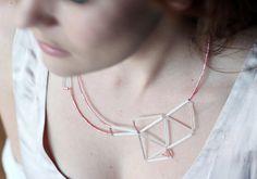 www.etsy.com/fr/listing/217449233/declaration-geometriques-collier-rose